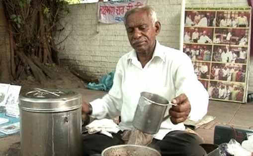 laxman-rao-delhi-chaiwallah-writer-650_650x400_61440100165